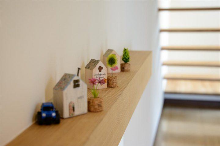 総社市の注文住宅、ひだまりの家の玄関インテリア