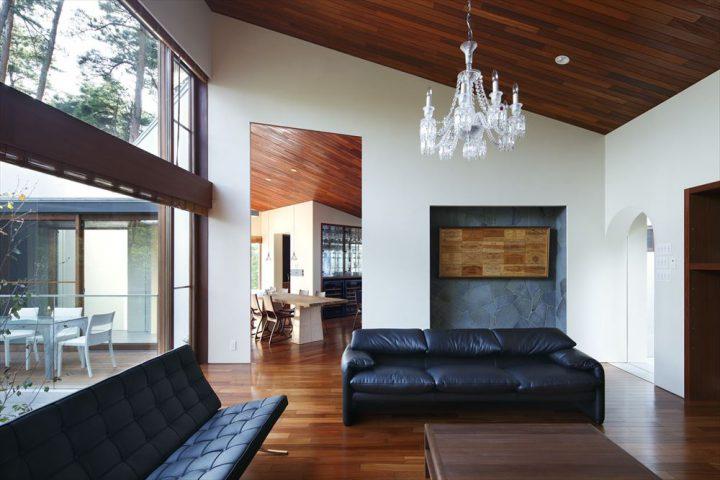 大山の大自然に囲まれたセカンドハウスの完成写真
