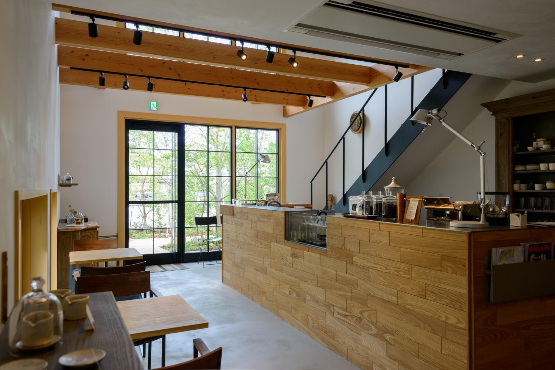 林のカフェ