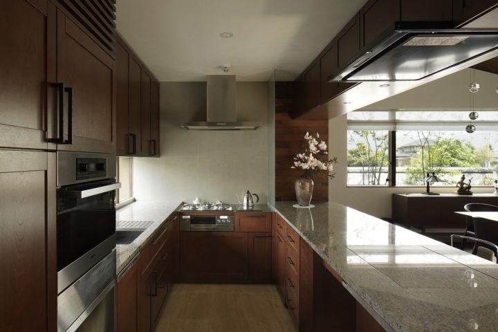 倉敷市の高級住宅のオーダーキッチン