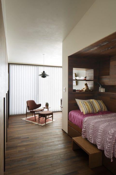 倉敷市の高級住宅の寝室