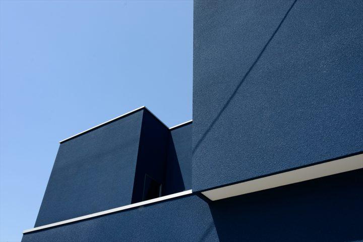 ボックス型が組み合わさったようなオシャレな住宅外観
