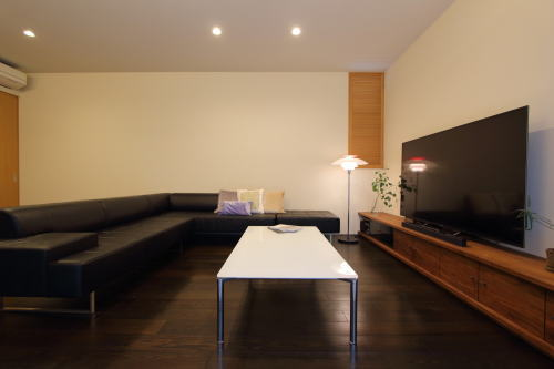 岡山市南区のゼロエネルギー住宅、リビングインテリア