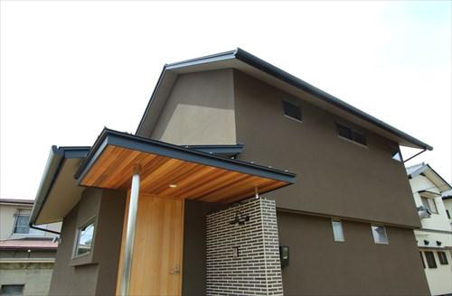 倉敷市に完成した注文住宅、シンプルでモダンな印象の住宅外観
