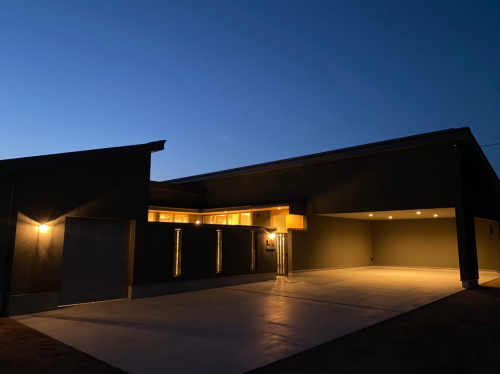 岡山市南区に完成した注文住宅、モダンなグレーがカッコイイ平屋