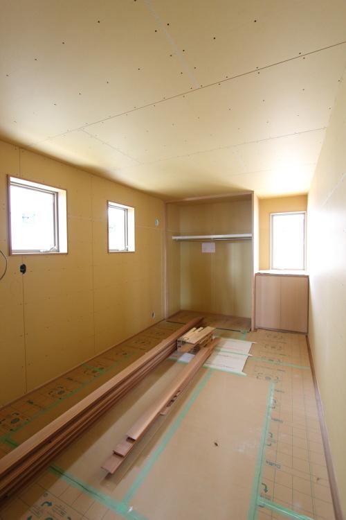 倉敷市に建築中の平屋、寝室も木工事が完了しました