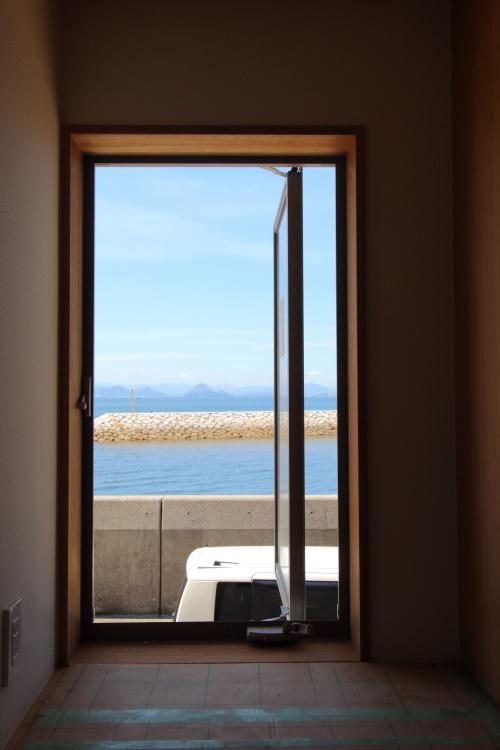 倉敷市に建築中の海が見える平屋、寝室からも海が見えます
